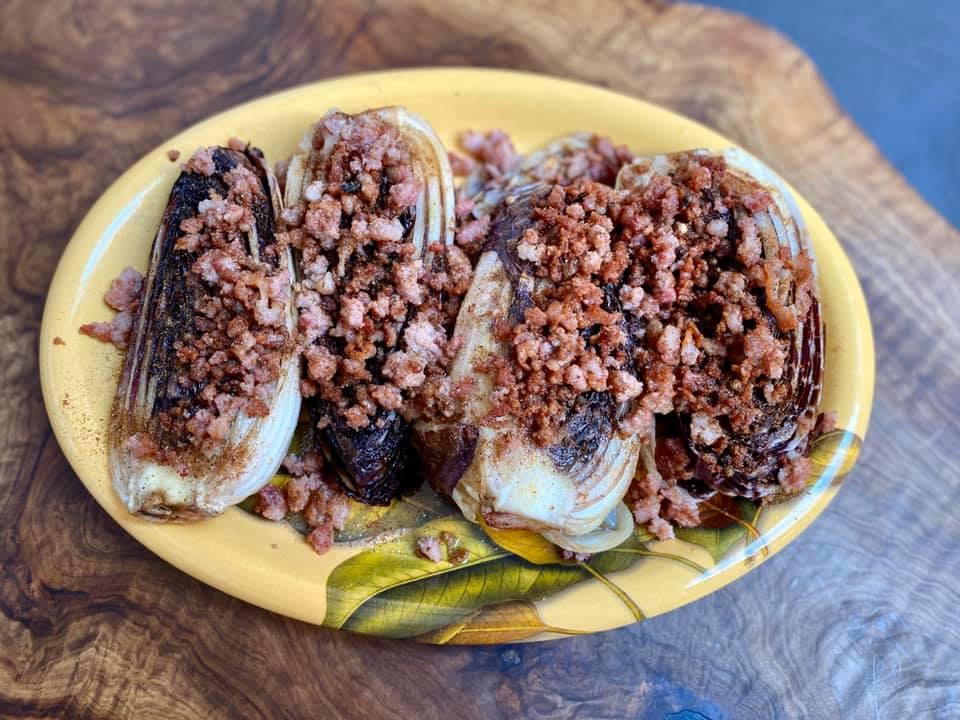 Radicchio alla piastra con pancetta e pepe