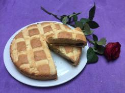 Crostata al farro e marmellata di ciliegie