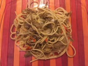Spaghetti con carciofi e fasolari