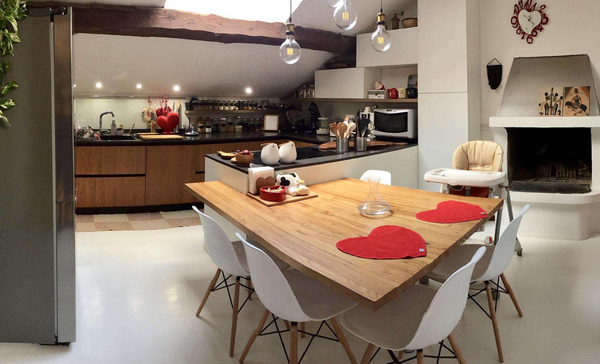 Una nuova cucina organizzata e accessoriata su misura per noi