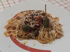 Spaghetti alla chitarra pomodoro e cucunci